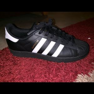 Adidas men's size 8.5